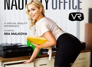 Mia Malkova in Naughty Office